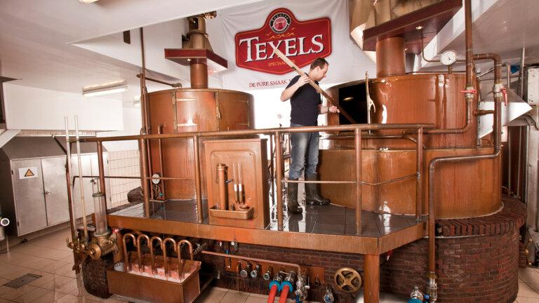 Texelse bierbrouwerij machine - brand identity