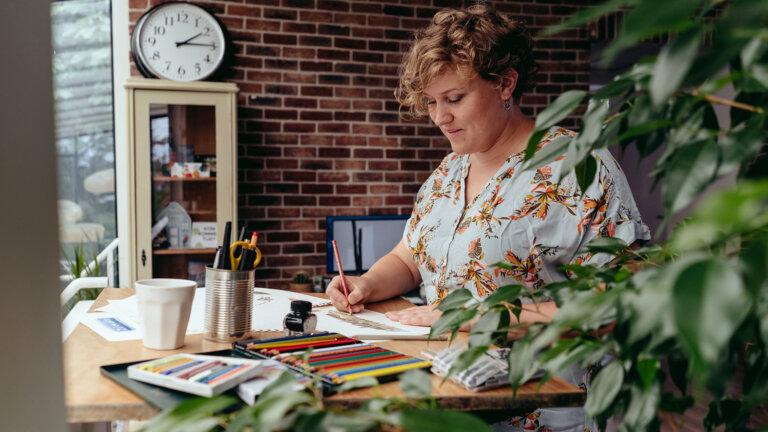 Carline aan het illustreren - onderdeel van een sterk merk